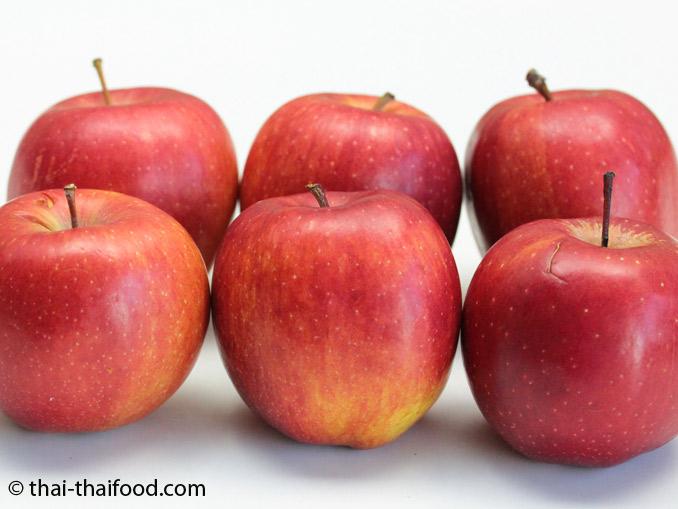 ผลแอปเปิ้ลแดง