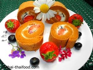 จัดเสิร์ฟ เค้กโรลชาไทย