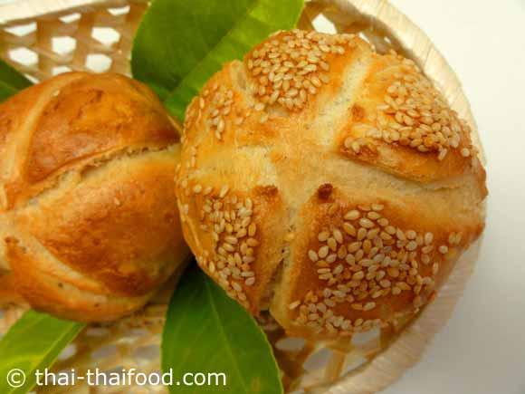 ขนมปังไคเซอร์โรล