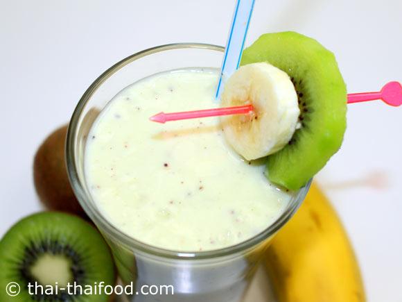 น้ำกีวีกล้วยโยเกิร์ตปั่น พร้อมดื่ม