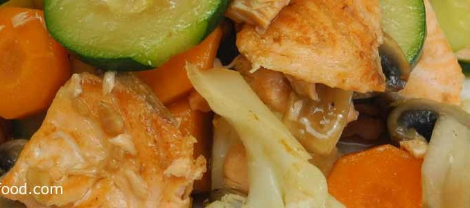 ปลาแซลมอนผัดดอกกะหล่ำ
