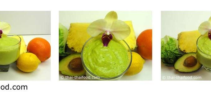 น้ำสับปะรดอะโวคาโดผักกาดหอมหัวใจปั่น